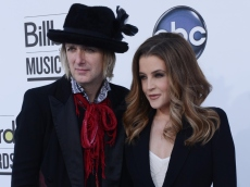 Lisa Marie Presley Files New Legal Request to Cut Ties With Her Estranged Husband