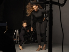 These Behind-the-Scenes Photos From Serena Williams & Daughter Olympia's Photoshoot Are Pure Joy