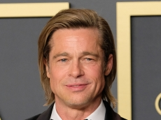 Brad Pitt Scared Us So Much With These Photos of Him Leaving Medical Center in a Wheelchair