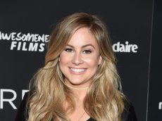 Pregnant Shawn Johnson Stuns with Her Beautiful Belly in Another Gymnastics Leotard Photo