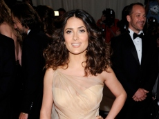 We Can't Take Our Eyes Off Salma Hayek's Curves in This Throwback Photo Celebrating Her Hollywood Win