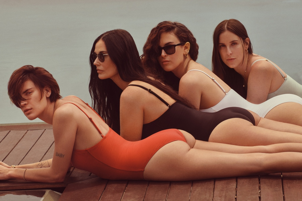 Tallulah Willis, Demi Moore, Rumer Willis, and Scout Willis for Andie