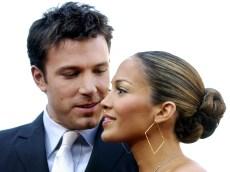 Jennifer Lopez & Ben Affleck's Summer Vacation Looks Like a Romantic Honeymoon In New Capri Photos