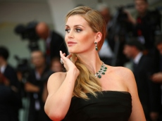Lady Kitty Spencer, Issa Rae, & More Celebrity Weddings of 2021