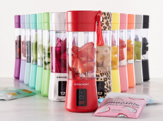 This Cute Personal Blender Makes Getting My Daily Fruit & Veggie Intake a Total Breeze & It's 34% Off