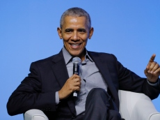 Barack Obama Has Celebs Flying in For a Highly Controversial 60th Birthday Party on Martha's Vineyard