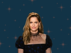 Amanda Peet's 'The Chair' Honors The Parenting Stories We Don't See Enough of on TV